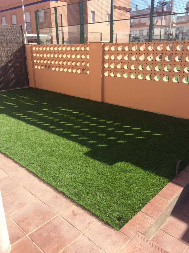 Jardines y terrazas cesped artificial 9 cesped for Terrazas 2016