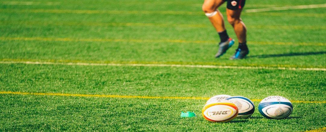 ventajas del cesped artificial en instalaciones deportivas