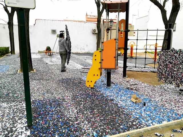 Zonas infantiles, césped artificial. (03/2018)